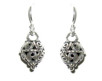 Sterling silver earrings, silver earring sterling,  Silver Filigree earrings. Ethnic silver jewelry, Hippie Earrings, Dangle Earrings