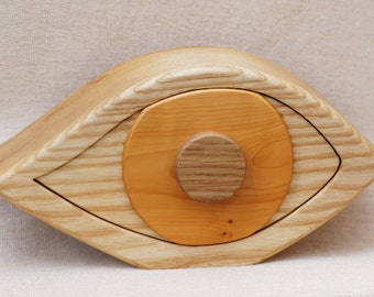 Eye Dali Style Sculpted Jewlry Box In Ash Wood