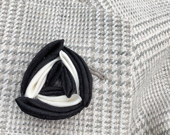 Triangle Lapel Pins Mens Lapel Pin Silk Black White Lapel Wedding Boutonniere Groomsman Gift For Men Suit Pin Kanzashi Brooch Custom