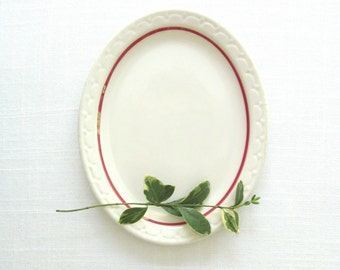 RESERVED - White and Red Scalloped Platter . Vintage Jackson China . Serving Plate