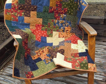 Quilt, Handmade, Lap Quilt, Throw, Home Decor, Fall, Autumn Colors, Multi Coloured, Modern, Patchwork Quilt, Red, Brown, Green, Crosses