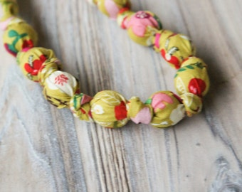 Olive green floral organic cotton nursing / babywearing necklace - wooden beads and organic cotton - Free Shipping