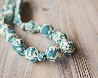 Teal and white organic cotton nursing / babywearing necklace - wooden beads and organic cotton - Free Shipping