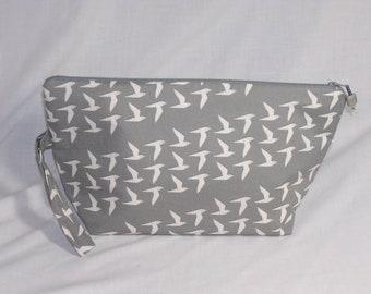 Flight of Doves Beckett Bag