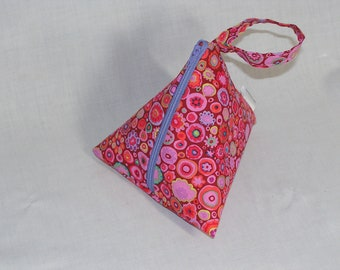 Paperweight in Crimson Pyramid Pouch