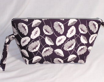 Plum Poppies Beckett Bag