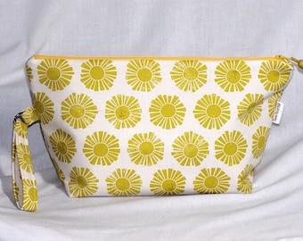 Smiling Suns Beckett Bag