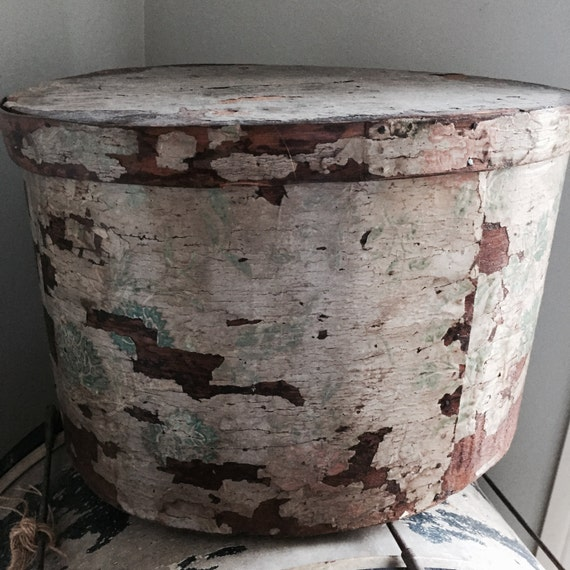 Antique Wall Paper Box, 1800s the most beautiful wall paper box