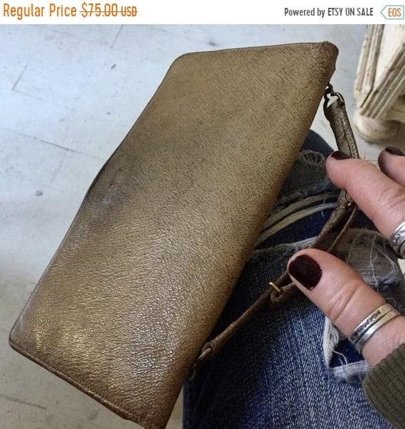 SALE 50 OFF Vintage Leather hand bag, vintage leather wallet. Ladies vintage wallet.