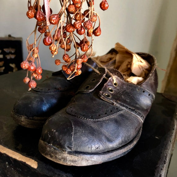 Shabby Tap Shoes, beautiful old child's Tap Shoes in Loved Condition