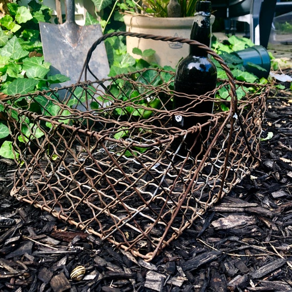 Antique Wire basket.
