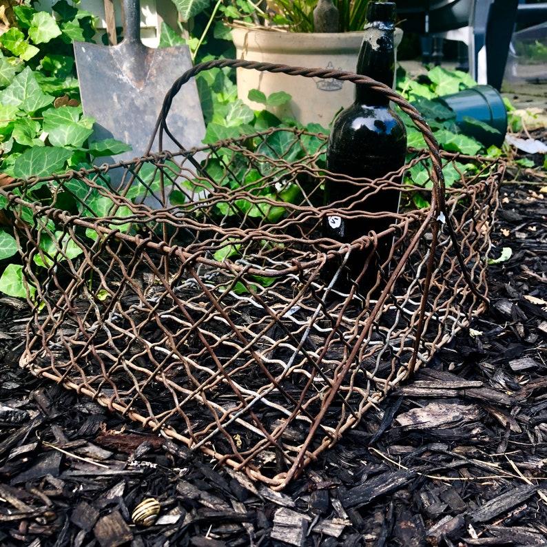 Antique Wire basket. image 0
