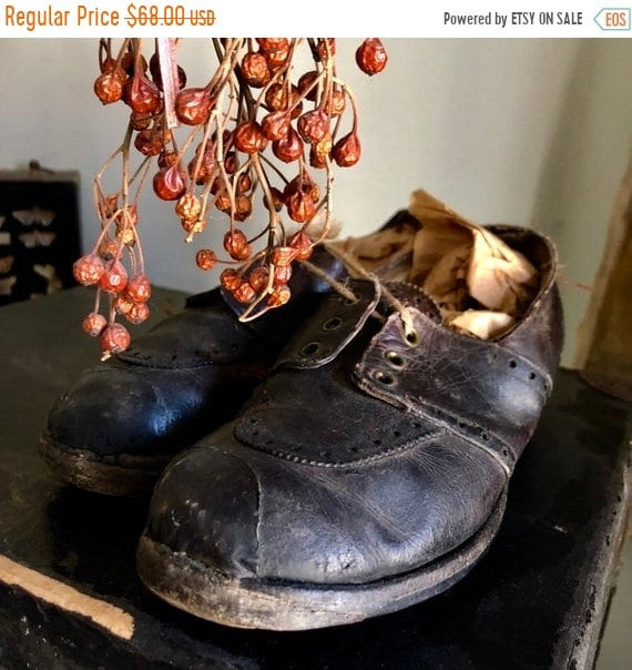 SALE 50 OFF Shabby Tap Shoes, beautiful old child's Tap Shoes in Loved Condition