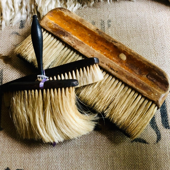 Antique Brushes 3 with real hair, nice patina, wonderful craftsmenship,antique, vintage