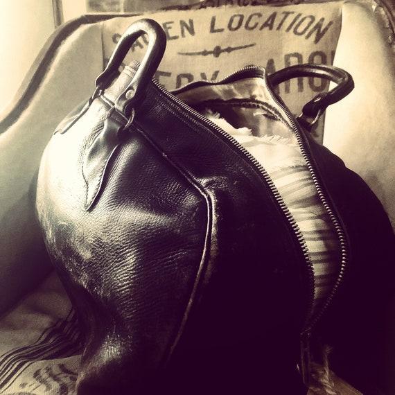 Antique LEATHER DOCTOR BAG, leather duffle, antique travel duffle, Antique