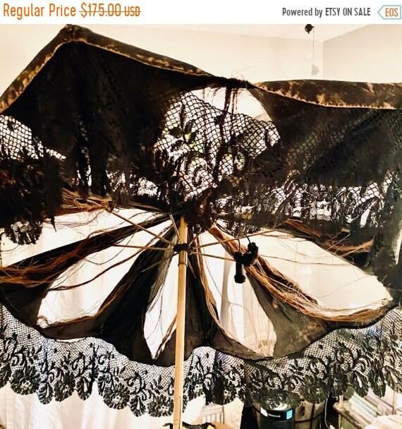 Sale 50% Parasol, French  Black, Shabby, Victorian Antique.