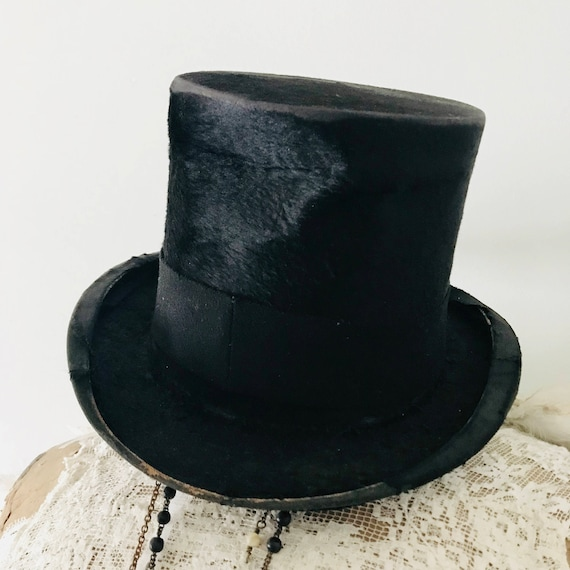 Top Hat, Antique ,Toronto, Jeanne d'arc, Vintage by Nina