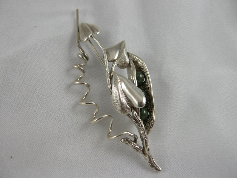 Three Green Jade Beads set in a Sterling Silver Pea Pod accented with Three Leaves Handmade.ooak,Three Peas in a Pod BROOCH 3.60 dwt