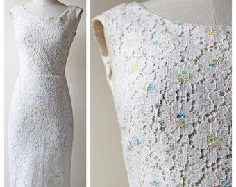 1960s White Floral Flower Pastel Multicolor Lace Sleeveless Wiggle Dress | Wedding | Bridal Shower Dress | 60s Dress | Vintage Lace Dresses