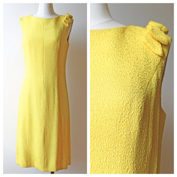 Vintage 1960s VTG Yellow Shift Bow Sleeveless Dres