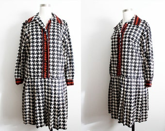 1960s Navy & Red Houndstooth Dress