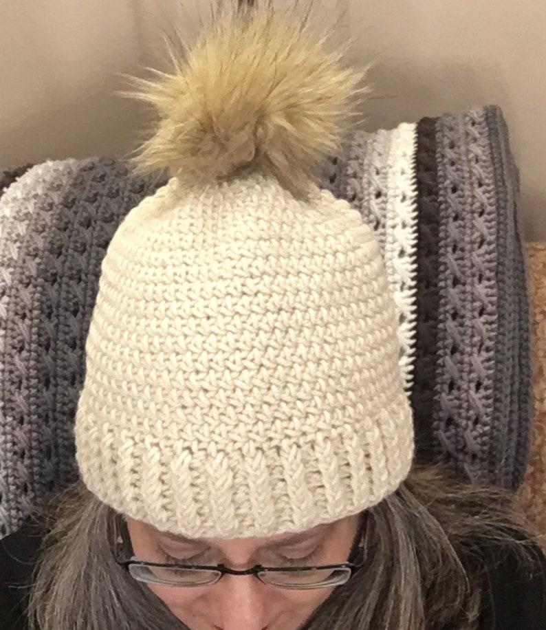 941d17da878 Off white Ecru ski hat with faux fur Pom Pom Chunky knit hat