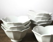 Vintage midcentury set of eight lotus dishes | cereal bowls | bowl