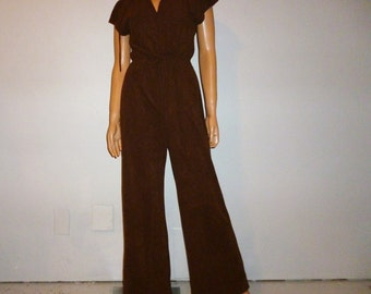 5873cd1501c Vintage 60 s - Gay Gibson - Brown - Ultra Suede or Fine Terry Cloth - Zip  Front - Bell Leg - Hooded - Disco - Jumpsuit - Romper - 34