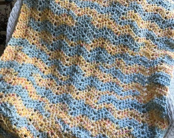 new baby blanket afghan wrap shawl crochet knit toddler photo prop lion brand homespun yarn golden gold yellow soft handmade in the USA