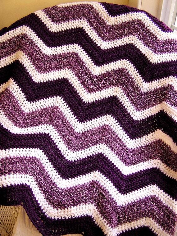 new chevron zig zag baby blanket crochet wrap afghan lap wheelchair ripple stripes VANNA WHITE pink white black disney minnie mouse NEW