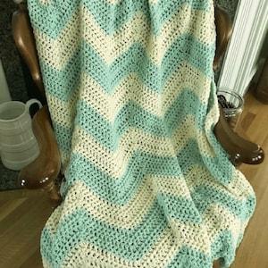Handmade Crochet Chevron Ripple Striped Chunky Bulky Couch Afghan sofa Throw Baby Blanket stretchy stripes soft Green Natural 42\u201d x 48\u201d