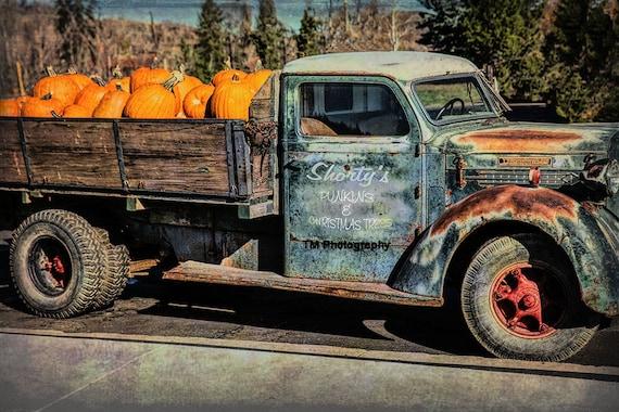 Diamond T Old Diamond T Old Truck Old Work Truck Old Etsy
