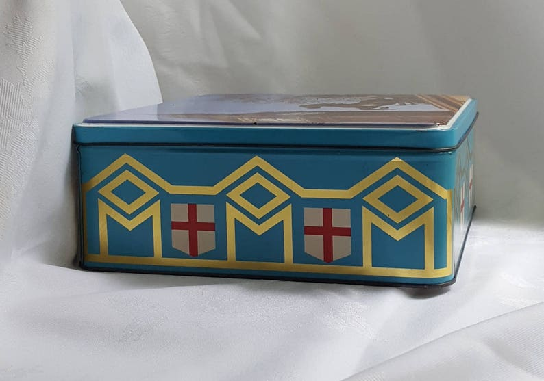 Biscuits Ltd 80s Assoc Tower of London Big Ben Cookie Tin 1970s
