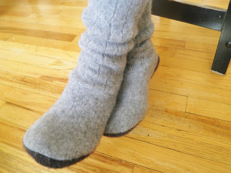 c0c9ff7b970b1 Sweater Slipper Boots and Boot Socks - pdf PATTERN