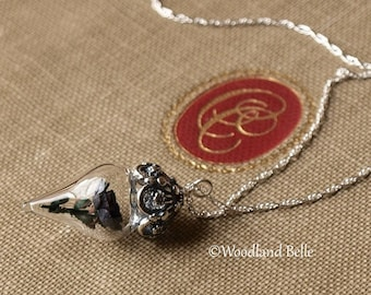 Glass Rose Necklaces