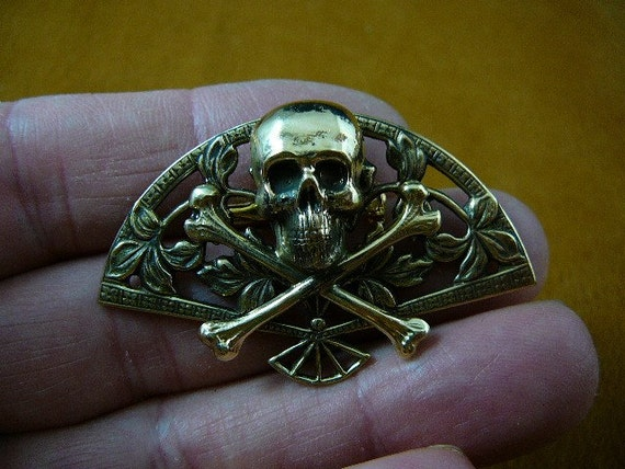 Skull cross LOVE crossbones filigree Pin pendant pirate los muetos B-SKULL-30