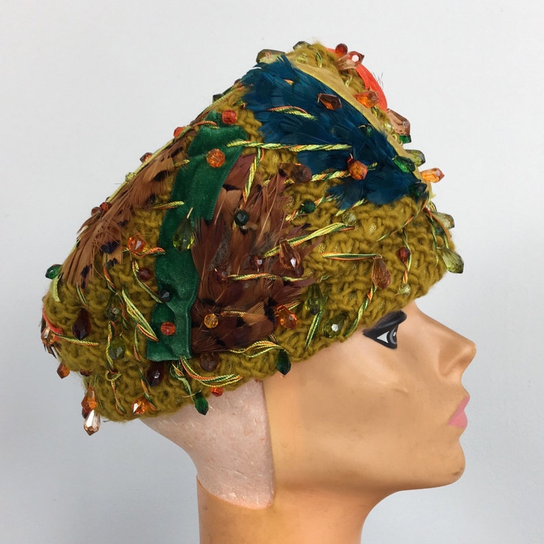 Vintage CHRISTIAN DIOR HAT chapeaux beaded feathers velvet yellow green  teal ora... Vintage CHRISTIAN DIOR HAT chapeaux beaded feathers velvet  yellow green ... 08afed743ae