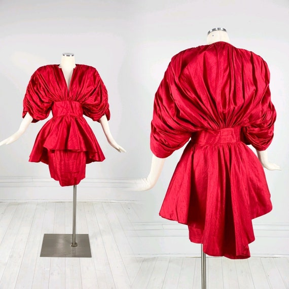 Vintage 1980s The Gallery of Wearable Art New York