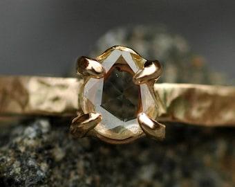 Rose Cut Diamond White sur la bague de fiançailles Unique recyclé or bague - Custom