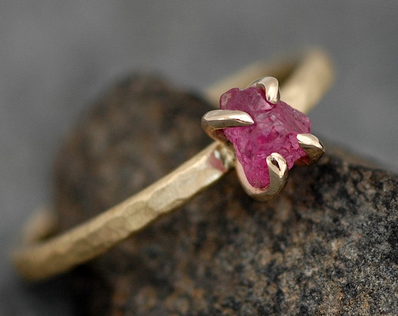 Uncut Rough Ruby on 18k Recycled Yellow Gold Hammered Narrow Band- Ready to Ship Size 5 ring
