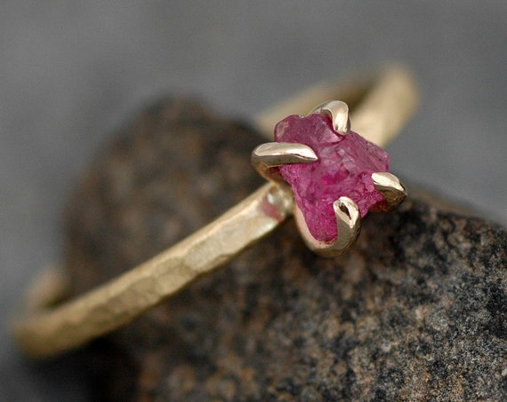 Uncut Rough Raw Baringo Ruby on 18k Recycled Yellow Gold Hammered Narrow Band- Ready to Ship Size 5 ring