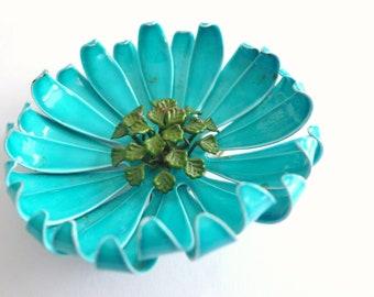 Blue brooch flower brooch Vintage blue pin Flower pin Hat pin Big pin Coat pin Large pin 1960s 1950 Metal pin Vintage brooch Large brooch