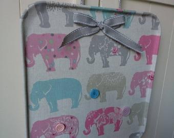 Memo Magnet Notice Board - Elephants