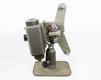 1940's Film Projector: Revere Eight 8mm w/ Case, Instructions.