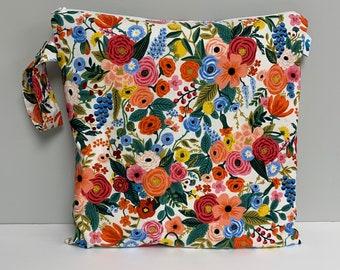 Wet Bag, Rifle Paper Co Waterproof Bag, Wet Bag, Diaper Bag, Travel Bag, Toiletry Bag, Makeup Bag, Gym Bag, Cosmetic Bag, RIfle Paper Co