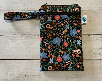 Rifle Paper Co Mask Bag, Rifle Paper Co Waterproof Bag, Rifle Paper Co Wet Bag, Rifle Paper Co Zipper Bag, Rifle Paper Co Double Duty Bag