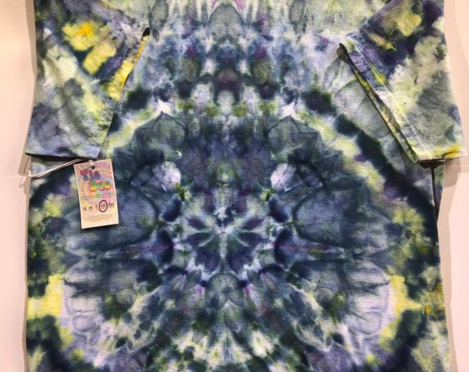 Hippie tie dye tshirt size XL adult hidden faces