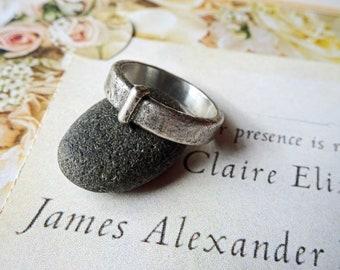 Sporran Key Ring - Solid Stainless Steel - Antique - Blacksmith Vintage, Outlander Wedding Celtic Band - LallyBroch - Stackable - Engravable