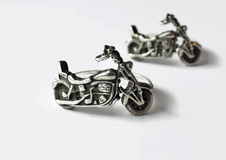 Zombie motorcycle ring Daryl Dixon The Walking Dead Last one retro bike Norman Reedus Solid Sterling Silver Motorcycle Ring