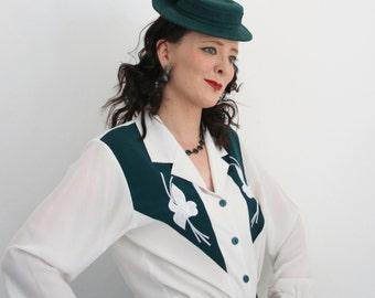 40's style tilt hat in green felt - 40's Perch hat - ladies autumn hat - 40's re-enactment hat